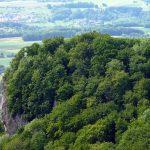 Blick zur Burgruine auf dem Rosenstein